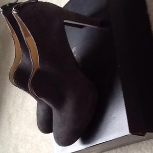 Charcoal grey suede platform ankle bootie